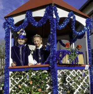 K1024 0047b-Karnevalszug Oberkail