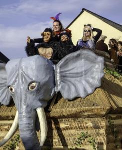 K1024 0015-Karnevalszug Oberkail